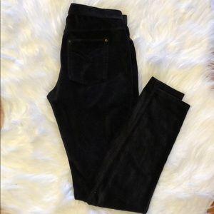HUE black leggings. Small. Perfect condition.
